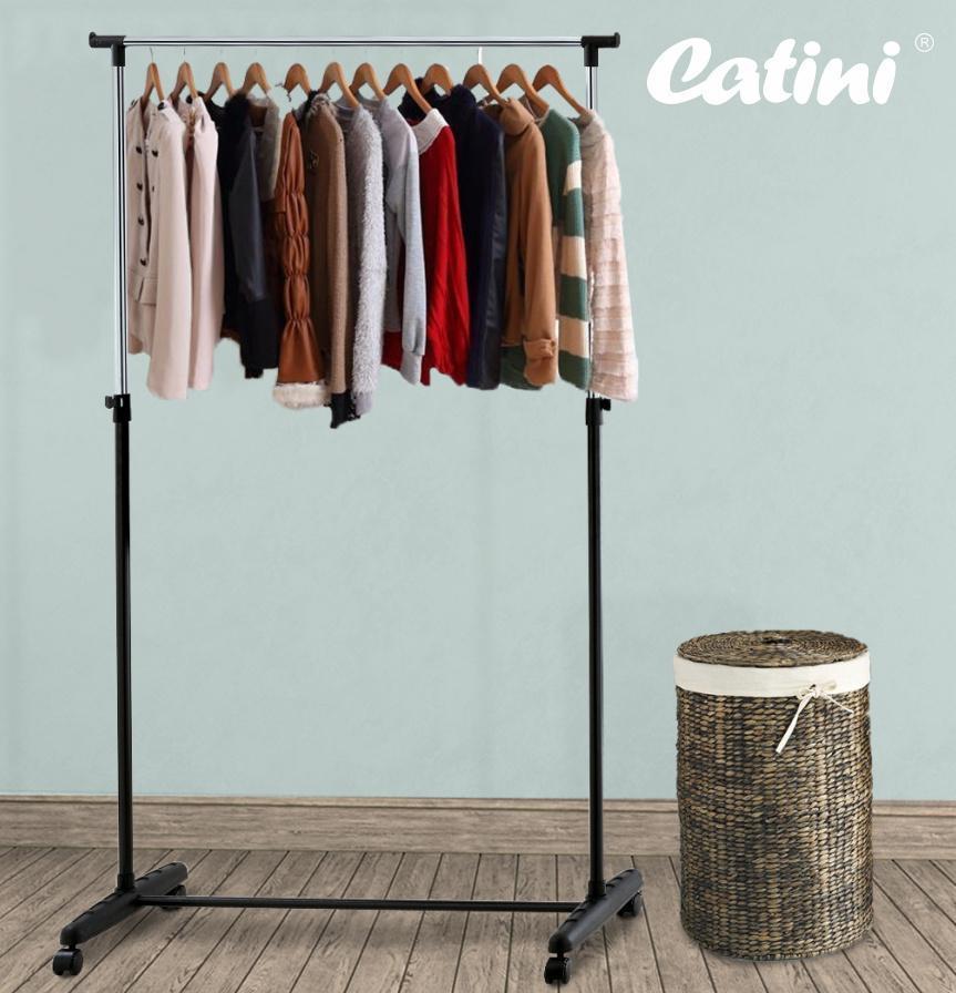 Pojízdný stojan na šaty Catini Magazin